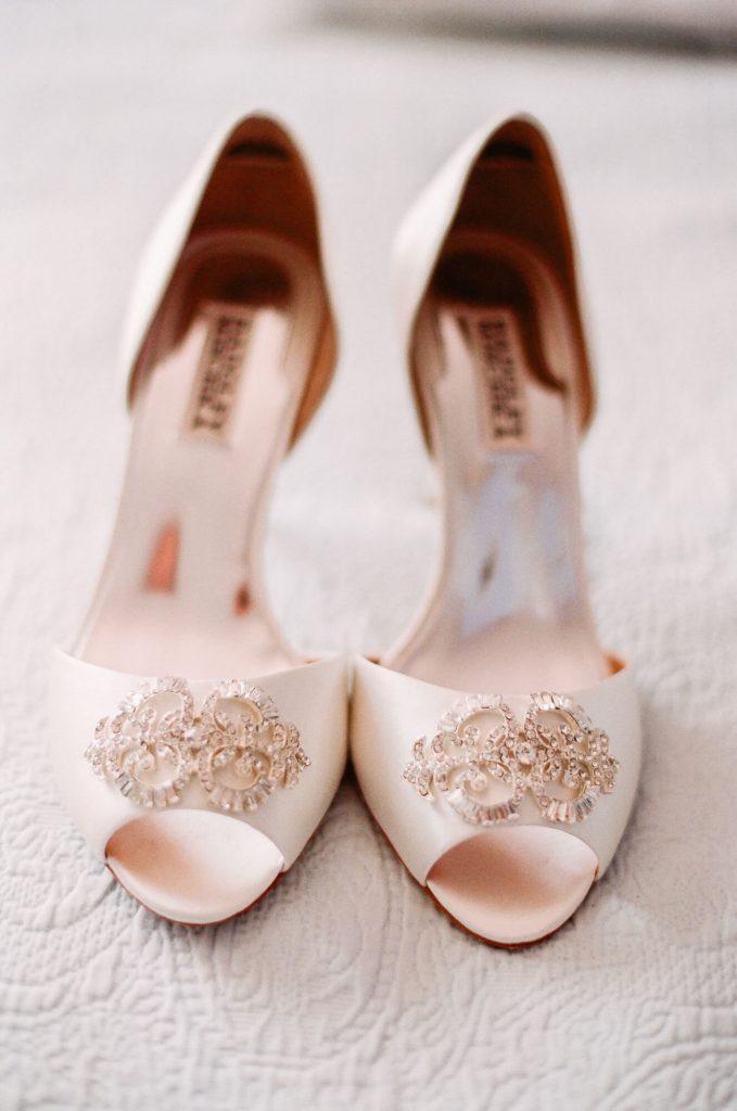 rosegold-badgley-mischka-shoes-los-angeles-wedding