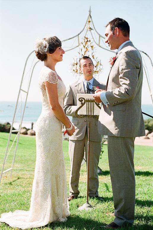 bride and groom vintage ceremony del mar