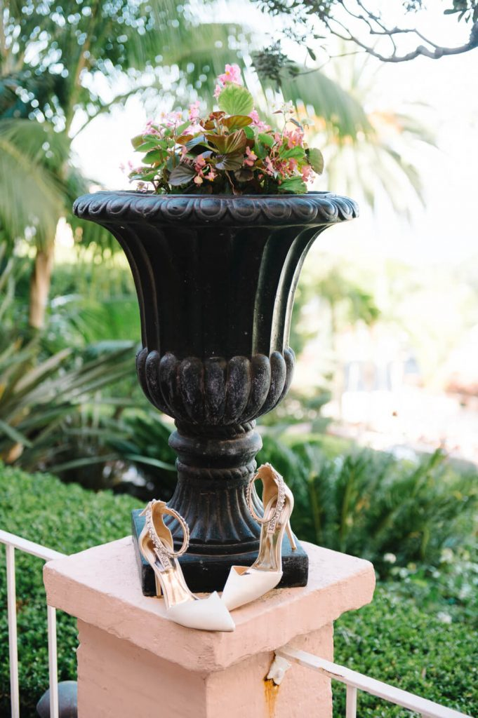 badgley mischka bridal shoes black pot la valencia hotel wedding
