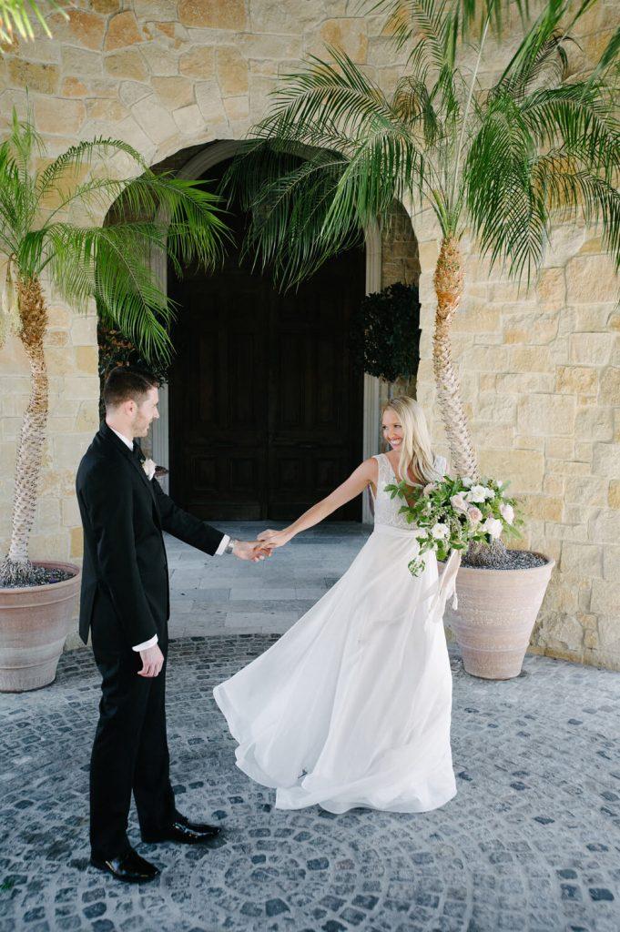 bride groom dance vista valley country club entrance