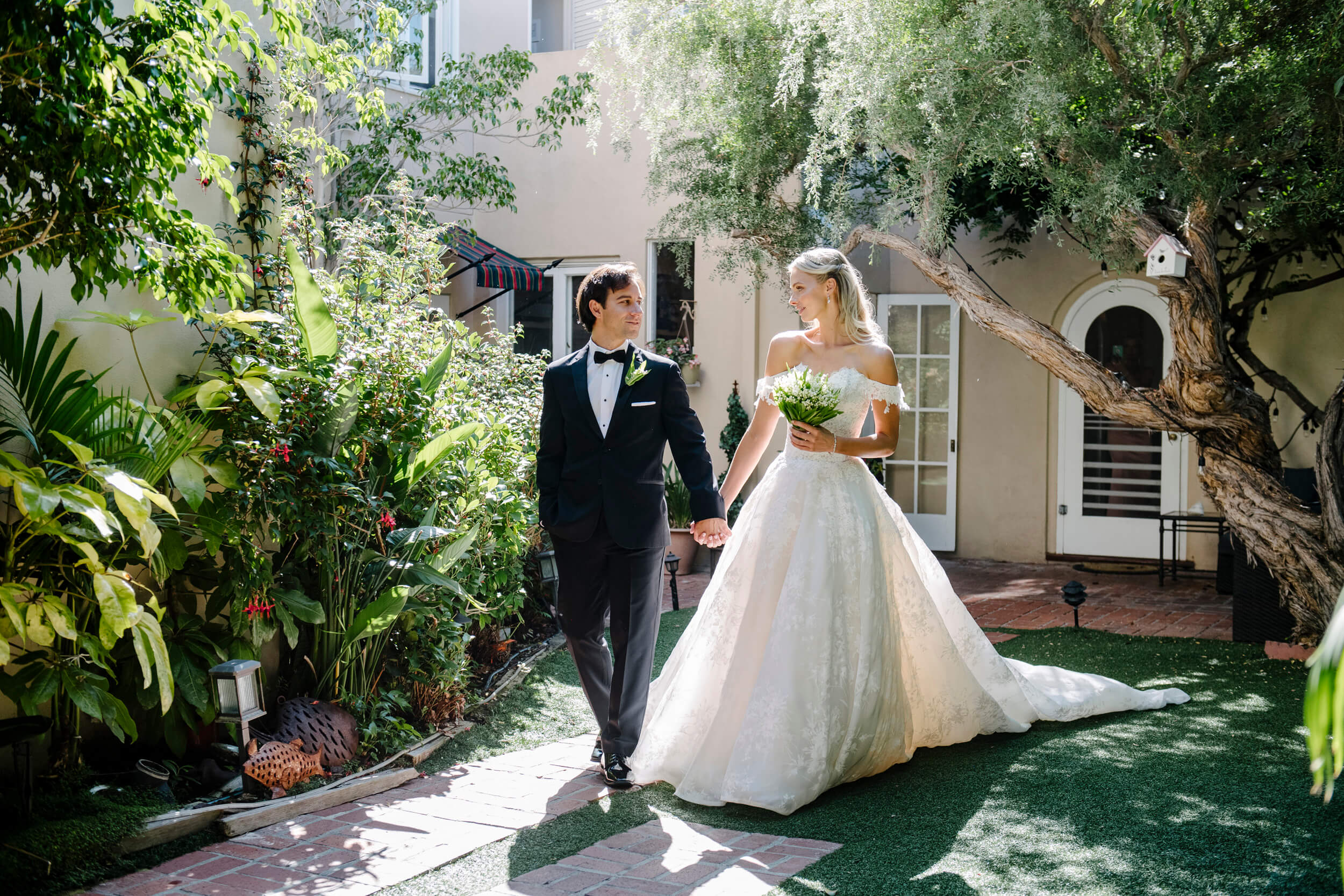 bride groom walk garden courtyard bed breakfast inn la jolla