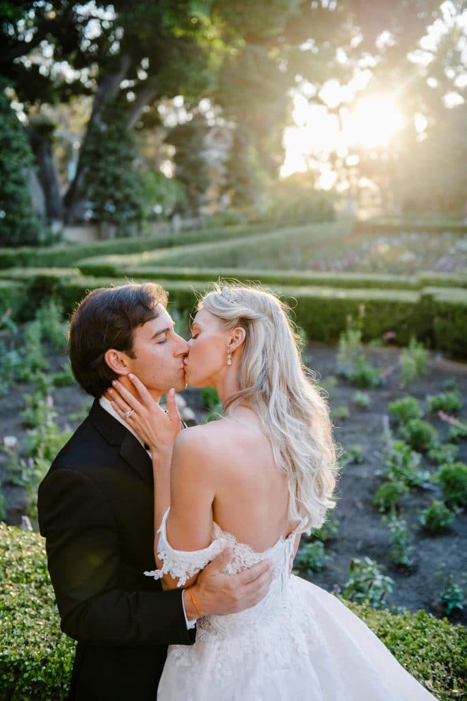 bride groom kiss sunset alcazar gardens balboa park