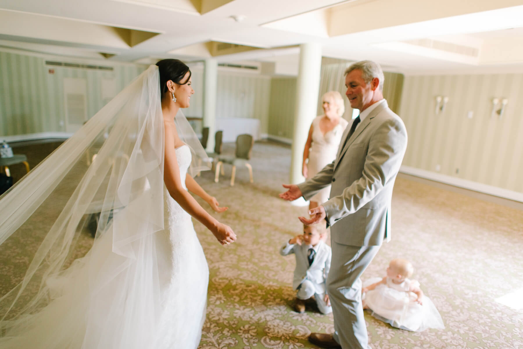 bride and father do first look at lauberge del mar