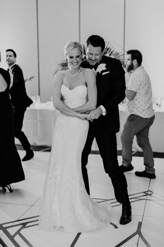 bride and groom dancing hilton la jolla torrey pines