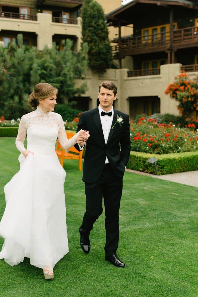 bride and groom walking arroyo terrace lodge torrey pines wedding