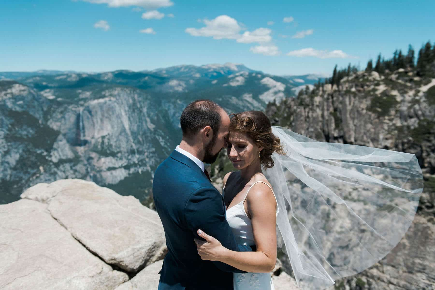 bride and groom embracing taft point